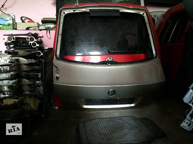продам б/у Двери/багажник и компоненты Крышка багажника Легковой OCTAVIA A5 бу в Львове