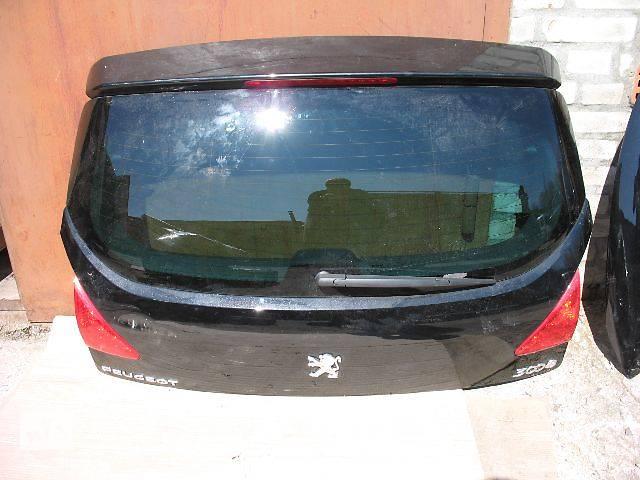 продам б/у Двери/багажник и компоненты Крышка багажника Легковой Peugeot 3008 бу в Луцке