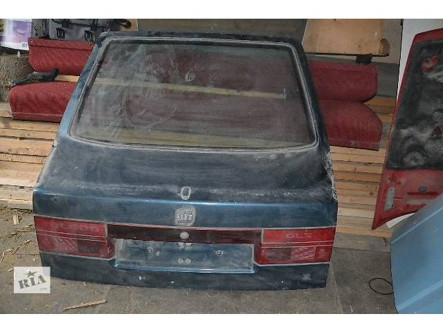 купить бу б/у Двери/багажник и компоненты Крышка багажника Легковой Seat Toledo Седан в Трускавце
