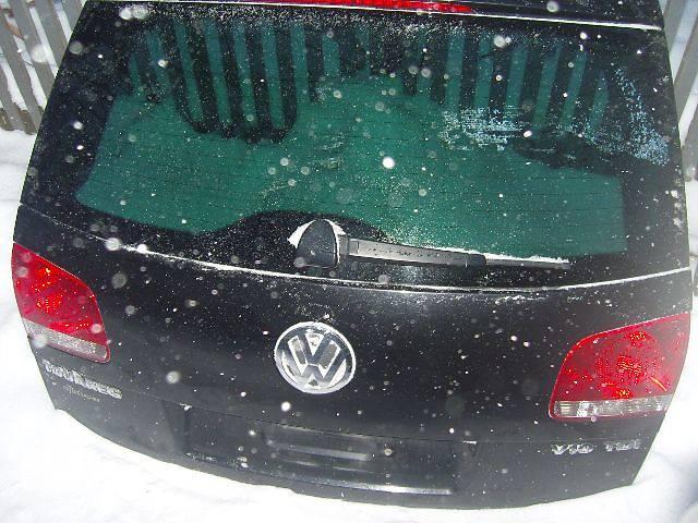 купить бу б/у Двери/багажник и компоненты Крышка багажника Легковой Volkswagen Touareg в Виннице