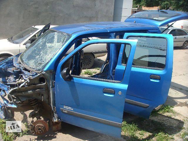 купить бу б/у Двери/багажник и компоненты Легковой Opel Agila 2001 в Сторожинце