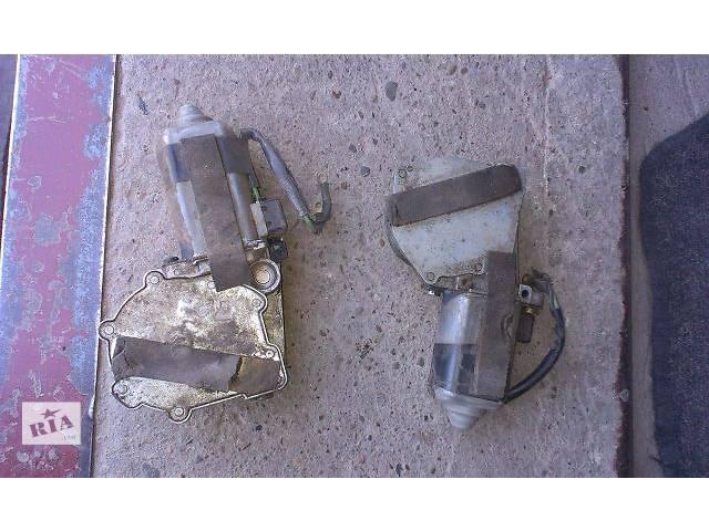 продам б/у Двери/багажник и компоненты Моторчик стеклоподьемника Легковой Volkswagen Golf II бу в Тернополе