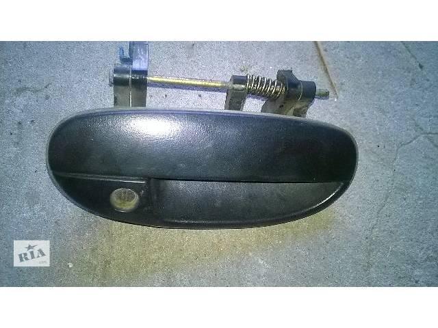 продам б/у Двери/багажник и компоненты Ручка двери Легковой Daewoo Lanos 2002 бу в Стрые