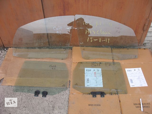 купить бу б/у Двери/багажник и компоненты Стекло двери Легковое авто Mitsubishi Colt Hatchback (5d) 2006 в Луцке