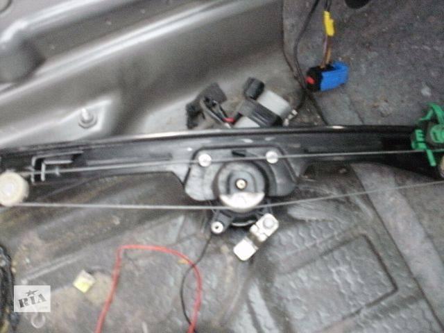 продам б/у Двери/багажник и компоненты Стеклоподъемник Легковой Fiat Linea Седан 2008 бу в Нововолынске
