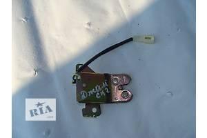 б/у Замок крышки багажника Geely CK-2