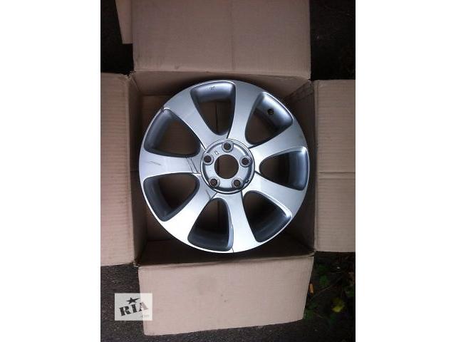 продам Б/у диск для легкового авто Hyundai Elantra 529103x300 бу в Киеве