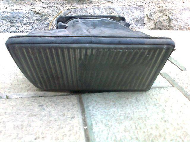 продам б/у Електрообладнання кузова Фара протитуманна Легковий BMW 5 Series 1992 бу в Ужгороде