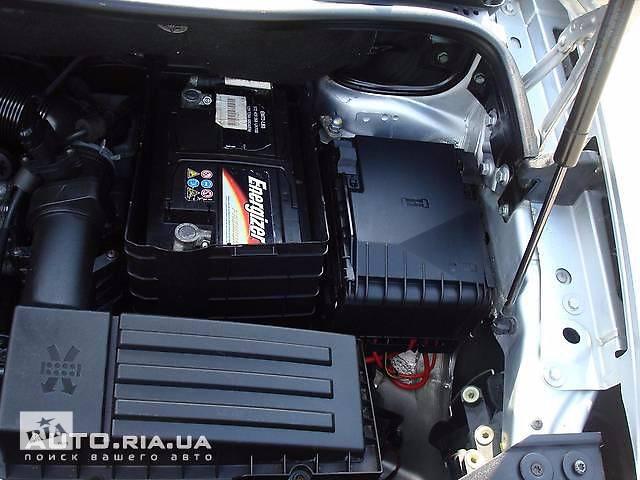продам б/у Электрооборудование двигателя Блок предохранителей Легковой Volkswagen Caddy 2006 бу в Ровно
