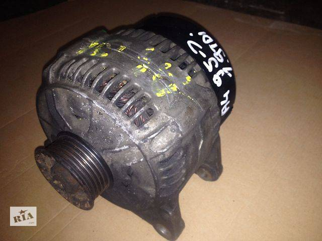 купить бу б/у Электрооборудование двигателя Генератор/щетки Легковой Audi A4 1.9 tdi в Луцке