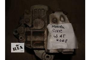 б/у Генератор/щетки Honda City