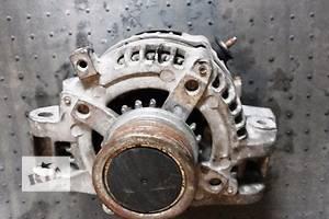 б/у Генератор/щетки Toyota Avensis