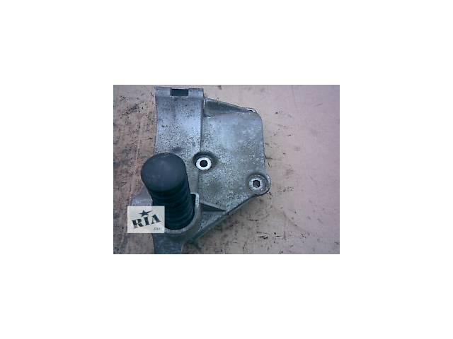 б/у Электрооборудование двигателя Генератор/щетки Легковой Универсал Volkswagen B3 1996- объявление о продаже  в Киеве