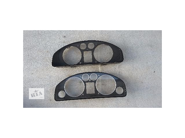 бу б/у Электрооборудование двигателя Панель приборов/спидометр/тахограф/топограф Легковой Volkswagen T5 (Transporter) 2007 в Косове