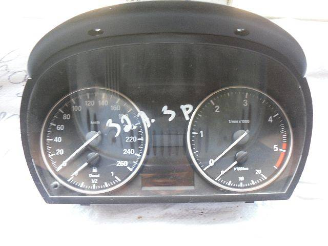 бу б/у Электрооборудование двигателя Панель приборов/спидометр/тахограф/топограф Легковой BMW 320 Купе в Кривом Роге (Днепропетровской обл.)