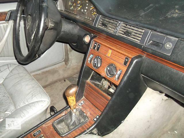 бу б/у Электрооборудование двигателя Панель приборов/спидометр/тахограф/топограф Легковой Mercedes 124 1994 в Днепре (Днепропетровске)