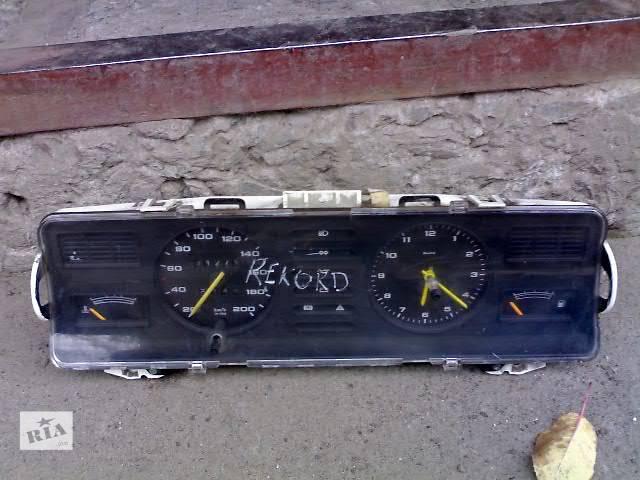 продам Б/у Электрооборудование двигателя Панель приборов/спидометр/тахограф/топограф Легковой Opel Rekord бу в Сумах