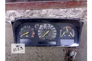 б/у Панель приборов/спидометр/тахограф/топограф Saab 9000