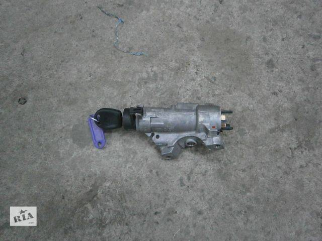 купить бу б/у Электрооборудование двигателя Замок зажигания/контактная группа Легковой Skoda Roomster в Луцке