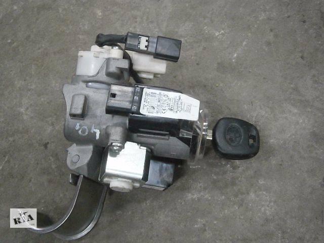б/у Электрооборудование двигателя Замок зажигания/контактная группа Легковой Toyota Rav 4- объявление о продаже  в Луцке