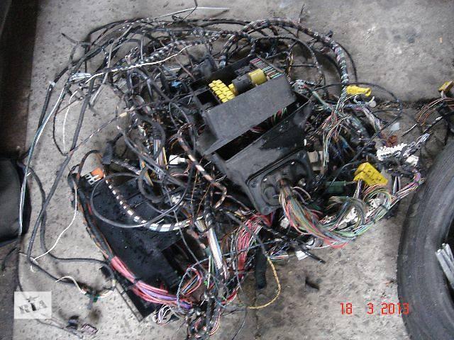 продам б/у Электрооборудование кузова Блок предохранителей Легковой BMW 518 бу в Ужгороде