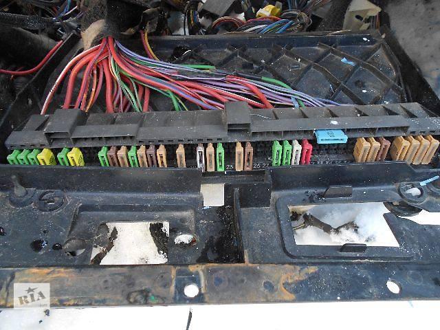 бу б/у Электрооборудование кузова Блок предохранителей Легковой BMW 525 в Ужгороде