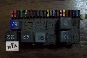б/у Блоки предохранителей Volkswagen B3