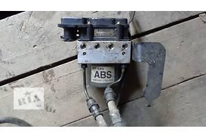 б/в Блоки управління ABS Hyundai Elantra