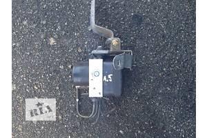 б/у Блоки управления ABS Toyota Rav 4