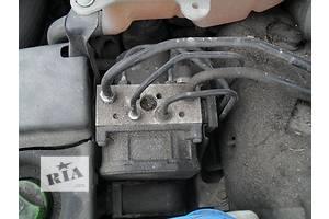 б/в Блоки управління ABS Volkswagen B5
