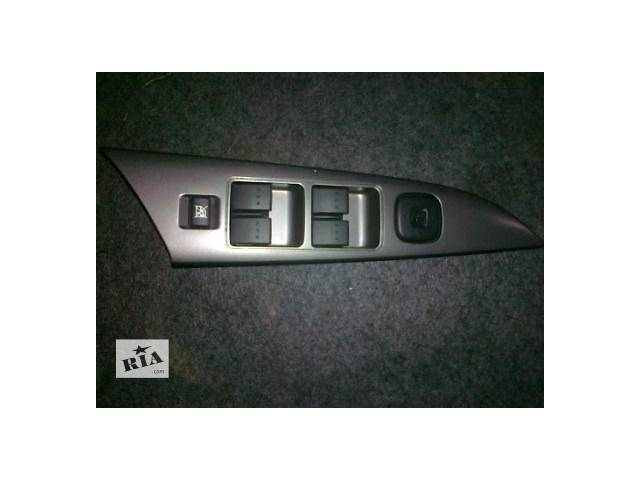 продам б/у Электрооборудование кузова Блок управления стеклоподьёмниками Легковой Mazda 3 2003-08 бу в Киеве
