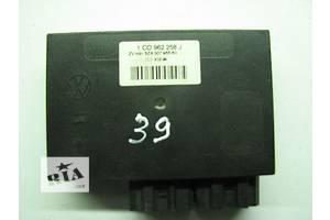 б/у Блоки управления сиденьем Volkswagen