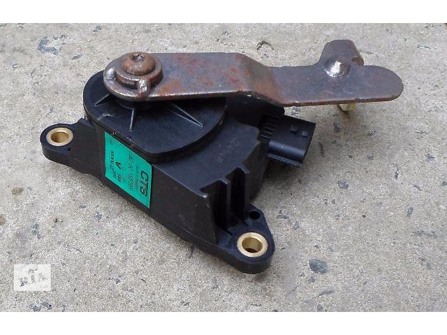 продам б/у Электрооборудование кузова Датчик педали газа Легковое авто Renault Kangoo бу в Хмельницком