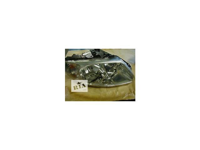 бу Б/у Электрооборудование кузова Фара Легковой Chrysler Voyager Минивен 2003 в Черновцах