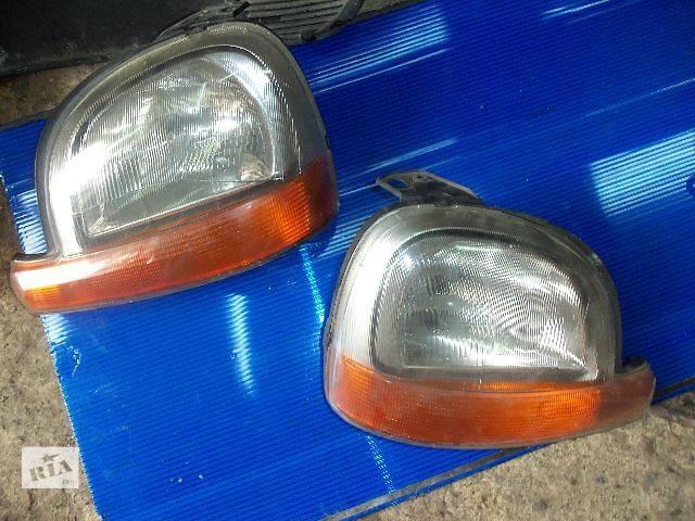 купить бу б/у Электрооборудование кузова Фара Легковой Renault Kangoo груз. 2000 в Ковеле