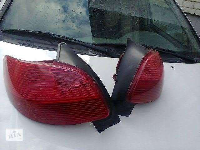 купить бу б/у Электрооборудование кузова Фонарь задний Легковой Peugeot 206 Hatchback (3d) Хэтчбек 2002 в Жидачове