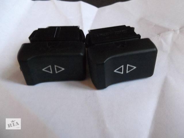 бу б/у Электрооборудование кузова кнопка стеклоподемника Легковой Renault 25 в Херсоне