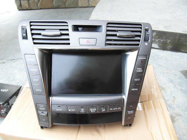 продам б/у Электрооборудование кузова монитор DVD Легковой Lexus LS460 Седан 2007 бу в Черновцах