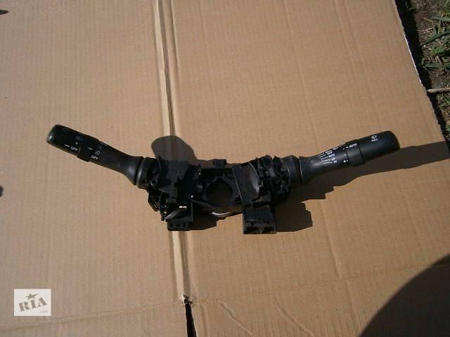 купить бу б/у Электрооборудование кузова Подрулевой переключатель Легковой Toyota Rav 4 в Луцке
