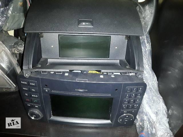 продам Б/у Электрооборудование кузова Радио и аудиооборудование/динамики Легковой Mercedes C-Class 2008 бу в Львове