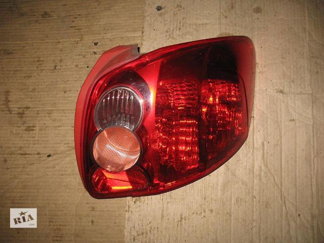 продам Б/у фонарь задний для легкового авто Toyota Auris 2008 бу в Луцке