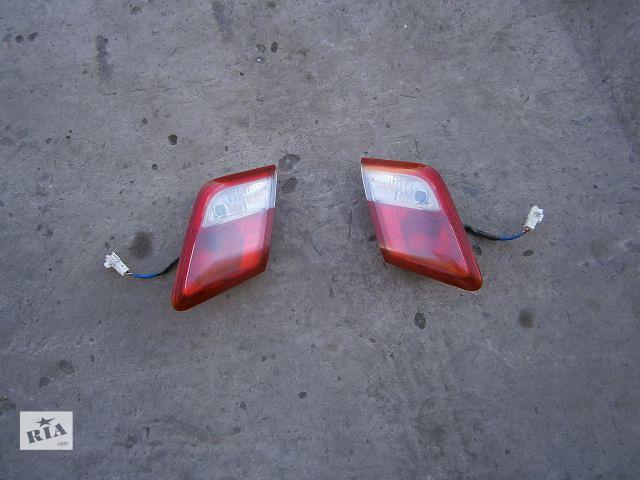 продам Б/у фонарь задний для легкового авто Toyota Camry 40 бу в Луцке