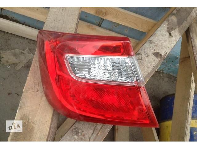 купить бу Б/у фонарь задний левый на Toyota Camry50 в Киеве
