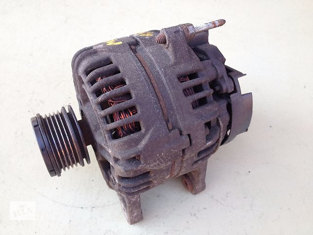 продам Б/у генератор/щетки для легкового авто Renault Grand Scenic 120A (0124425029) бу в Луцке