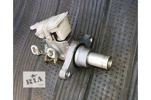 б/у Главный тормозной цилиндр Ford Transit Connect