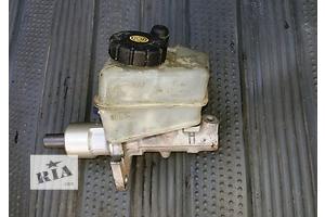 б/у Главный тормозной цилиндр Mercedes 124