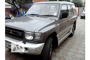 б/у Капот Mitsubishi Pajero Wagon