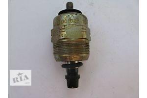 б/у Клапаны давления топлива в ТНВД Mercedes CLK-Class