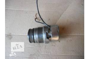 б/у Клапан давления топлива в ТНВД Skoda Octavia