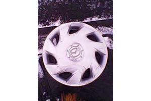 б/у Колпак на диск Mazda